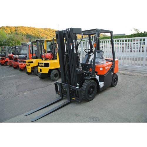 Doosan D25G Plus Diesel Triplex 4710mm ab 290,00 € netto...