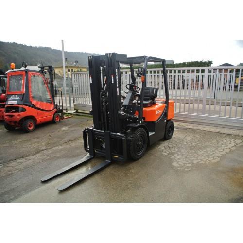 DOOSAN D30GPlus Diesel, Triplex 4710mm, Seitenschieber,...