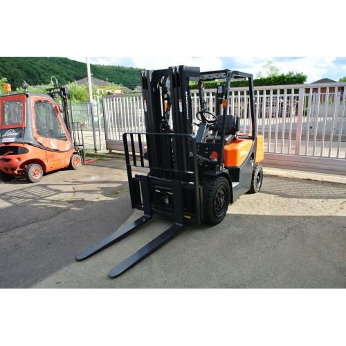 Doosan D30G Plus Diesel Triplex 4710mm Seitenschieber und...